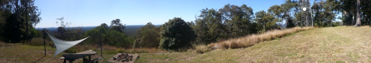 Panarama on top of the Mount Cotton eastern escarpment.